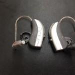 耳かけ型タイプもお手入れは重要です。